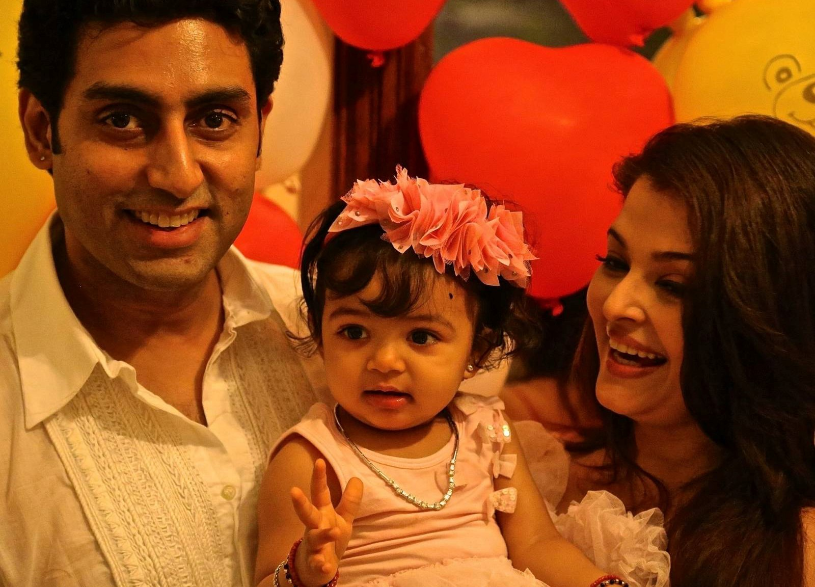 Baby_of_Abhishek_and_Aishwarya_Bachchan